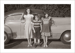 Fashion 0528-27 (Steve Given) Tags: socialhistory familyhistory fashion kids group car