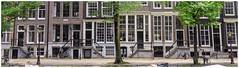 It's oh so quiet (Hans Veuger) Tags: nederland thenetherlands amsterdam amsterdamcentrum herengracht canal canalhouses grachtenpanden steps trappen straatbeeld streetview nikon b700 coolpix nederlandvandaag unlimitedphotos twop björk