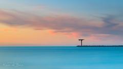 Seamark! (karindebruin) Tags: haven maasvlakte maasvlaktte noordzee zonsondergang zuidholland baken beaken harbour industrialarea lighthouse paaltjes rocks rotsen sea strekdam vuurtoren water wolken zee seamark