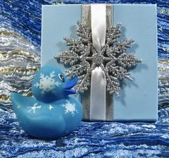 snowflakes are so pretty and i am so pretty :) (muffett68 ☺ heidi ☺) Tags: 159365 adad aduckaday day140 snowflake box gift ansh scavenger7 boxes