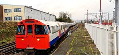 A Bakerloo line train to Elephant &Castle shunting to the platform at it's starting point in Harrow&Wealdstone (claudio.bickel98) Tags: londonunderground transportforlondon publictransport ubahn bakerlooline harrowwealdstone england greatbritain