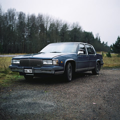 Cadillac (Ättestupa) Tags: bronica sqa zenzanon ps 80mm 28 fujicolor pro 160s expired 2012 lab scan