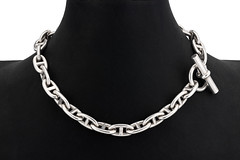 Buy Antique Necklaces in London (nigelnorman753) Tags: