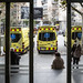 Ambulàncies del SEM aparcades davant d'un centre d'atenció primària
