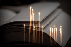 Lire à la lumiere des bougies (Hélène Baudart) Tags: doublexplosure bougies lumiere livre lecture elitegalleryaoi bestcapturesaoi aoi