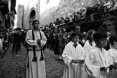 procesiones (gabrielg761) Tags: fuenterrabia hondarribia semana santa cura monaguillo fe