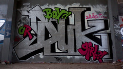 Oldenburg - (street: Melkbrink) 1005th picture / Graffiti, street art (tusuwe.groeber) Tags: projekt project lovelycity graffiti germany deutschland lowersaxony oldenburg city streetart niedersachsen farbig farben favorit colourful colour sony sonyphotographing nex7 bunt red rot art gebäude building gelb grün green yellow konzept concept wall wand halloffame wandgestaltung lager lagerhalle hall halle melkbrink