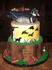 IMG_7906 (backhomebakerytx) Tags: texas back home bakery backhomebakery texasbakery cake wedding groom grooms two tier duck hunting