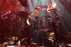 The CHRIS SLADE TIMELINE (from AC/DC) (Philippe Haumesser (+ 8000 000 view)) Tags: acdc thechrissladetimeline sonyilce6000 concert concerts live scène stage groupe groupes band bands rockband rockbands musicien musiciens musician musicians batteur drummer batterie drums sony