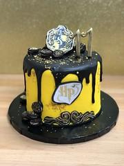 IMG_8083 (backhomebakerytx) Tags: texas back home bakery backhomebakery texasbakery cake birthday texasbirthday harry potter hufflepuff black drip