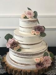 IMG_6512 (backhomebakerytx) Tags: texas back home bakery backhomebakery texasbakery cake three tier naked bride brides bridalcake wedding