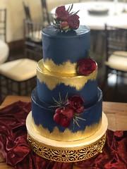 IMG_6510 (backhomebakerytx) Tags: texas back home bakery backhomebakery texasbakery cake texasbride three tier blue gold paint brush stroke