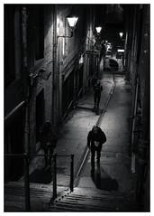 Backstreets, Royal Mile, Edinburgh(4) (S.R.Murphy) Tags: edinburgh fujifilmxf35mmf2 night nov2019 urban urbanlandscape fujifilmxt2 nightphotography socialdocumentary streetphotography people bw blackandwhite bnw monochrome