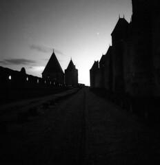 Dusk - Carcassonne (France) -  October 2019 (cava961) Tags: carcassonne dusk analogue analogico monochrome monocromo bianconero bw 6x6 superpan200 mamiya6