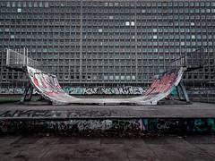 Grindel II (Le Borschtsch) Tags: halfpipe miniramp skateboarding skaten stadt city architektur