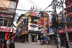 Nepal- Katmandu (venturidonatella) Tags: nepal asia katmandu street strada colori colors nikon nikond300 d300 gente oersone people gentes streetlife streetphotography streetscene