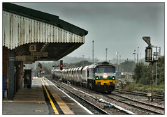 Doom and gloom down Wiltshire way (david.hayes77) Tags: westbury wilts wiltshire aggregateindustries class59 59005 kennethjpainter freight cargo aggregate stone 2019 autumn rain shower downpour gwr greatwesternrailway victorian victoriana shed mood atmosphere