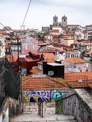 20191124-067 (sulamith.sallmann) Tags: architektur bauwerk city europa gebäude haus häuser porto portugal stadt stufen treppe urban sulamithsallmann