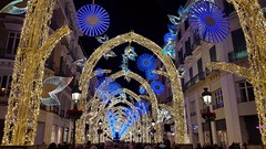 Christmas Lights, Málaga, Spain (robin denton) Tags: christmas malaga lights spain lightshow christmaslights decorations street crowds crowd 2019 december málaga