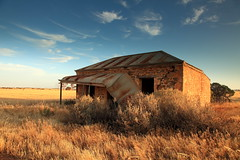 Hoffmann Road (Darren Schiller) Tags: australia abandoned architecture building cottage country derelict disused decaying deserted dilapidated empty evening facade farmhouse farming galvanisediron history heritage house home iron old rural rustic rusty ruin rust southaustralia tin verandah wreck tepko