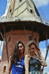 Holambra (TheJennire) Tags: photography fotografia foto photo canon camera camara colours colores cores light luz young tumblr indie teen adolescentcontent girls friends 2017 summer holambra brasil brazil sãopaulo beauty