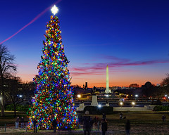 Holiday Sunset from the US Capitol (Insite Image) Tags: unitedstatescapitol capitolgrounds washingtonmonument lincolnmemorial sunset holidays uscapitol