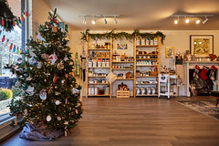 191207_031 (Makers Collective) Tags: greenville south carolina holiday makers southernmakers makerscollective makersco indiecraftparade december pop up retail 2019 shop sc christmas