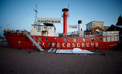 red ship (Antti Tassberg) Tags: suomi laiva kaupunki helsinki relandersgrund red alus city cityscape finland scandinavia ship urban vessel