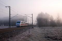 DB ICE-1 ICE 595 Berlin Ostbahnhof - Frankfurt (Main)  - Kuhfort  (storing tussen Wolfsb en Oebsifelde - daarom maar tot FF) (Rene_Potsdam) Tags: br401 ice kuhfort brandenburg treinen treni trenes tren züge spoorwegen europe europa deutschebahn deutschland duitsland germany