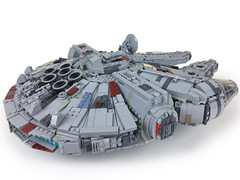 Ultimate System Scale Millennium Falcon MOC (instructions coming soon) (2bricks_official) Tags: millennium scale star lego ultimate system solo falcon wars build han chewbacca minifigure moc millenniumfalcon