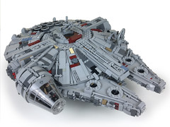 Ultimate System Scale Millennium Falcon MOC (instructions coming soon) (2bricks_official) Tags: millennium falcon millenniumfalcon star wars lego moc build minifigure han solo chewbacca ultimate system scale