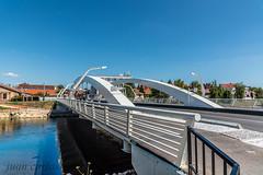 PODUL CENTENARIULUI (juan carlos luna monfort) Tags: romania rumania puente paz reflejo calma tranquilidad oradea cieloazul nikon24120 nikond810