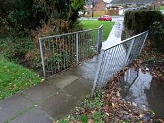 Celyn Brook, Nant Celyn Close, West Pontnewydd, Cwmbran 10 December 2019 (Cold War Warrior) Tags: llif flood celyn brook cwmbran westpontnewydd bridge footbridge