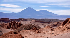 Impressive volcano (Chemose) Tags: sony ilce7m2 alpha7ii mai may chili chile hdr paysage landscape désert desert atacama valléedelalune moonvalley montagne mountain volcan volcano licancabur juriques