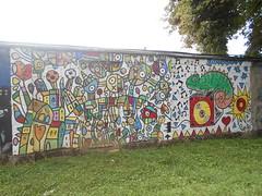 191 (en-ri) Tags: papito 2015 camaleonte occhio eye colori colours savigliano cuneo wall muro writing graffiti casse indaco bianco rosa verde giallo musica music