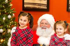 Breakfest w Santa 2019-126 (John Carroll Univ.) Tags: alumni fun specialevents christmas santa accessories accessory beard christmastree face glasses human ornament person plant tree