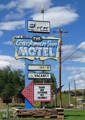 WY, Thermoplois-U.S. 20 The Coachman Inn Motel Neon Sign