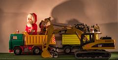 Der ganz normale Wahnsinn (Günter Hentschel) Tags: deutschland germany germania alemania allemagne europa nrw weihnachten weihnachtsdeko weihnachtsbilder weihnachtsfest advent adventszeit adventsbilder nikon nikond5500 d5500 hentschel flickr 2019 12 dezember2019 dezember bruderspielwaren bruder