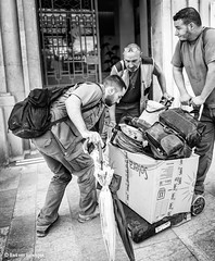 Team Work (Bart van Hofwegen) Tags: work men people team together street streetphotography urbanphotography city citystreet citylife malaga málaga monochrome blackandwhite