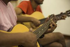 Oficina de Violão (REDES DA MARÉ) Tags: 2019 americalatina brasil complexo cordas douglaslopes favela faveladamaré instrumento klaus oficinadeviolão redesdamaré redesdedesenvolvimentodamaré riodejaneiro rj violão zonanorte