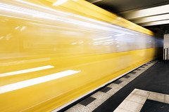 U-Bahn Berlin (Sean Hartwell Photography) Tags: alexanderplatz berlin train underground ubahn yellow movement