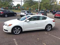 2014 Acura ILX Tech Pkg Carshopper (CARSHOPPER.COM) Tags: acura luxurycars safecars petfriendly cars carshopping
