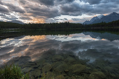A sunrise at Herber lake (drafiei1) Tags: banffnationalpark banff sunrise sunset sunriseandsunset superwide mountain lake lakelouise reflection water waterreflection landscape landscapephotography nikon