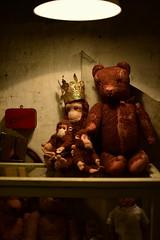 We know what you did last summer....... (Tonny Christensen) Tags: krambodenantiqueodense hcandersen teddybear