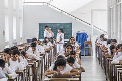 At school (http://www.guidogavazzi.it/englishome.html) Tags: sri lanka school students education