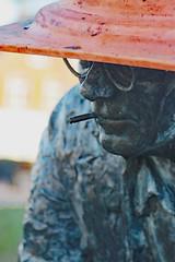 Simon Vestdijk (Steenvoorde Leen - 16.4 ml views) Tags: 2019 doorn utrechtseheuvelrug simonvestdijk standbeeld monument svestdijk simon vestdijk writer schrijver auteur dutch estatna denkmal statue standbild torenlaan kunst konst art arte madebyjaaptekiefte