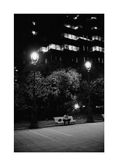 Barcelona (Koprek) Tags: konicahexaraf film analog 135mm kodaktrix 400 barcelona spain streetphotography stphotographia stphotography nightlight nightwalk night