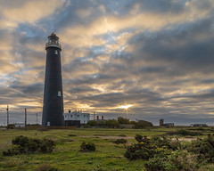 Dungeness Old Lighthouse (Yo Gladman) Tags: lighthouse dungeness kent sunrise