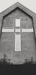 Doors and Windows 47/52 (lemanie73) Tags: week472019 startingtuesdaynovember192019 52weeksthe2019edition church gracereformedchrurch kelowna rutland cross window figure face 52weeksproject okanagan