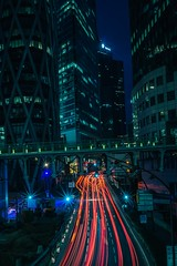 Red light. (AThéo) Tags: nightshot longexposure exposure streetphotography ledefense paris